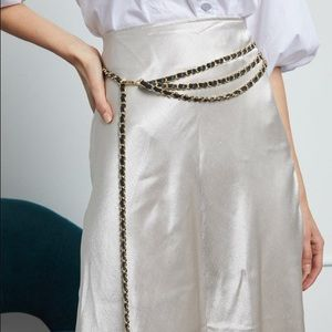 B-LOW THE CHAIN Gissel belt white $200
